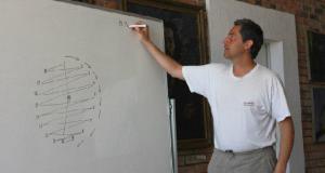 """Доц. д-р Ивайло Кортезов, снимка: """"Академия 21 век"""""""