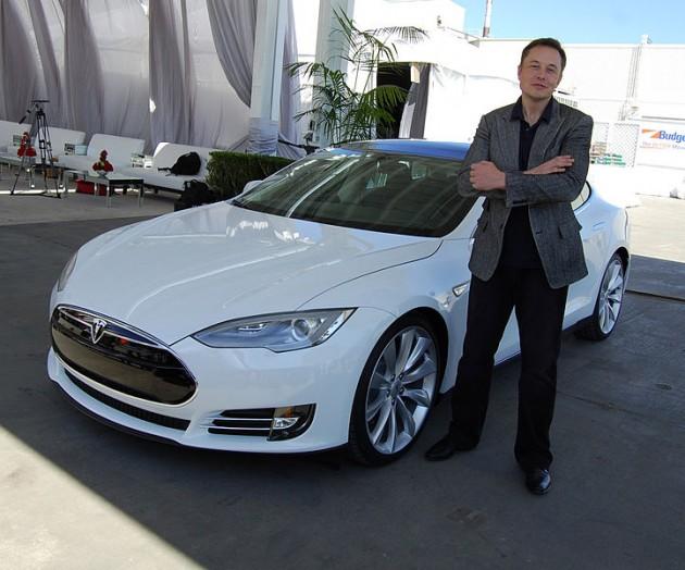Илон Мъск - канадско-американски инженер, изобретател, бизнес магнат, инвеститор, милиардер