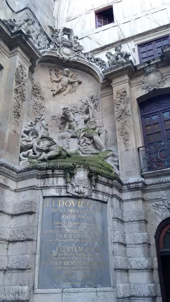 la fontaine du Gros-Horologe