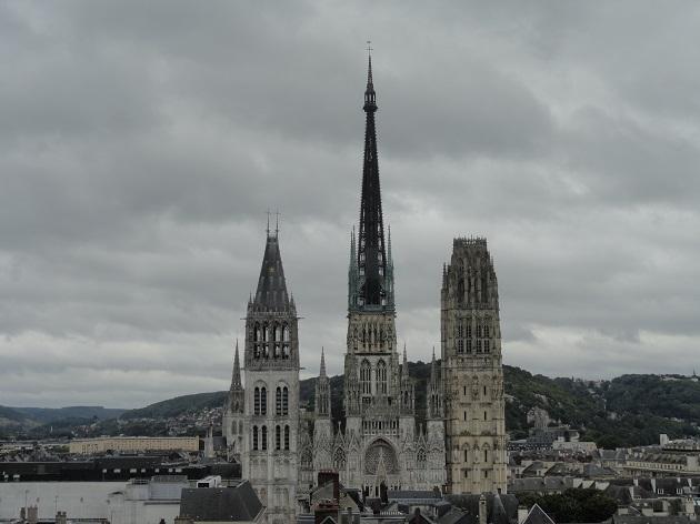 gros horologe 9 gledka kym katedralata