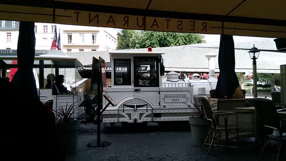 rouen star pazar vlak
