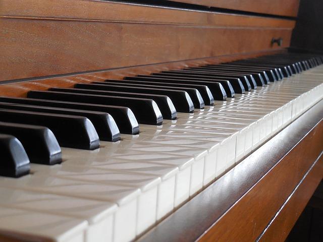 piano-658470_640