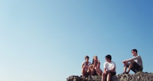 young-people-737150_640