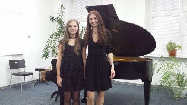 Изабела Миланова и Веселина Миланова