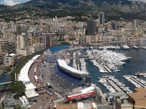 1024px-The_Montecarlo's_harbour_during_the_days_of_Formula_1_Monaco_GP_2013