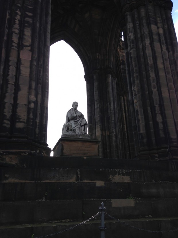 Edinburgh Walter Scott memorial