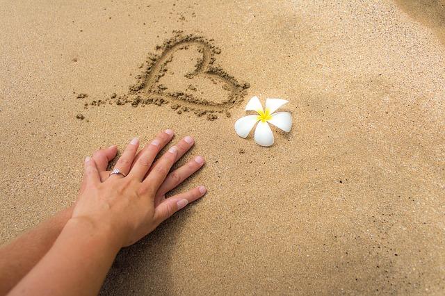 sand-1630538_640