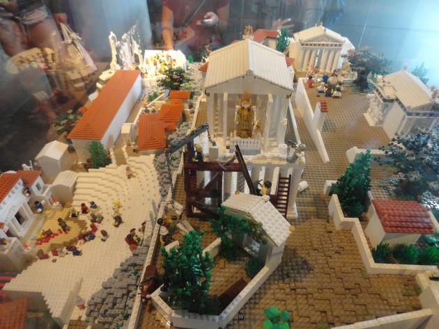 Acropol Lego 11