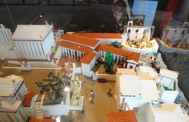 Acropol Lego 19