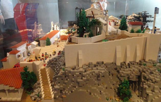 Acropol Lego 2