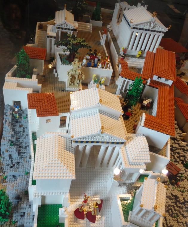 Acropol Lego 9