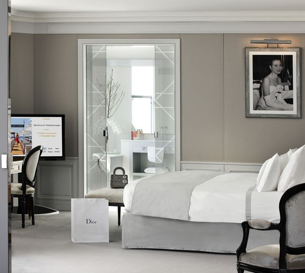 https://www.hotelsbarriere.com/en/cannes/le-majestic/guest-rooms-and-suites/christian-dior-suite.html