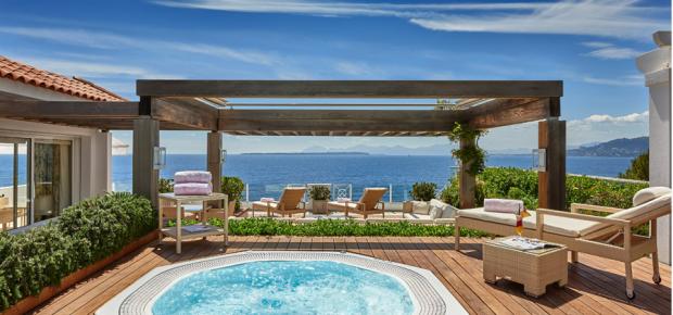 http://www.hotel-du-cap-eden-roc.com/fr/galerie/hotel-hebergement/