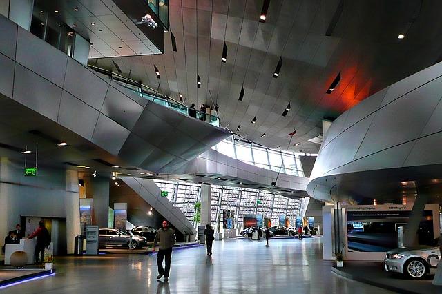 bmw-museum-100874_640