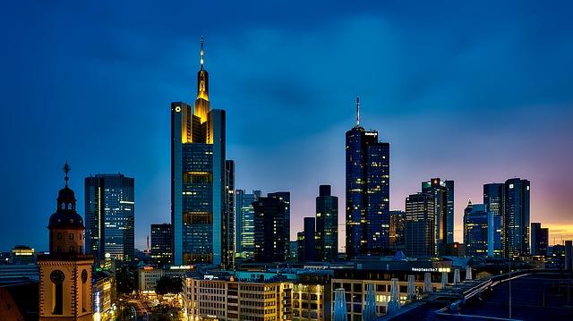 frankfurt-1804481_640