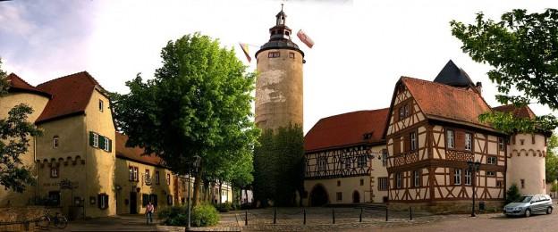 1024px-Tauberbischofsheim-Türmersturm