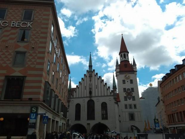 Munchen Marienplatz 1