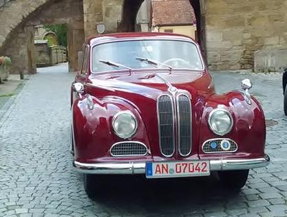 Rothenburg ob der Tauber 51 chervena retro kola