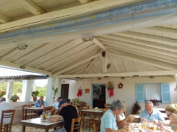 korfu george taverna 47