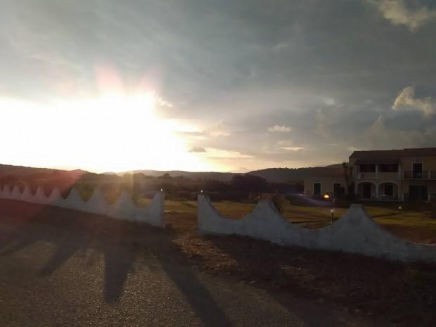 Изгрев над къщичката ни на остров Корфу
