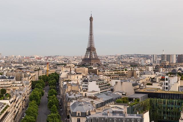 paris-2643595_640