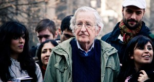 By Andrew Rusk from Toronto, Canada (Noam Chomsky) [CC BY 2.0 (http://creativecommons.org/licenses/by/2.0)], via Wikimedia Commons