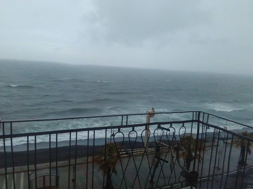 morska burya torre del greco 27 dec 2017 3