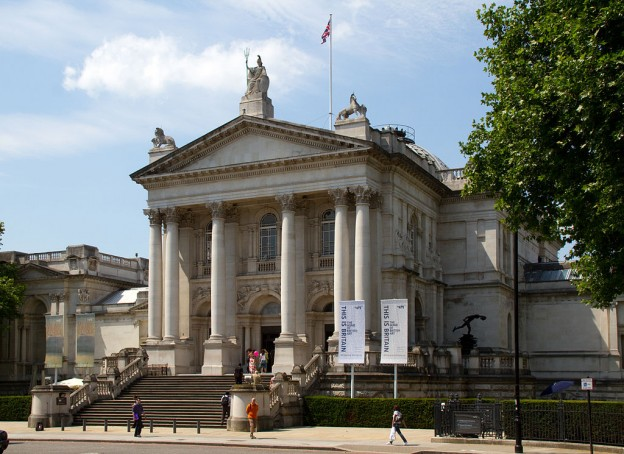 By Tony Hisgett from Birmingham, UK (Tate Britain  Uploaded by Magnus Manske) [CC BY 2.0 (http://creativecommons.org/licenses/by/2.0)], via Wikimedia Commons