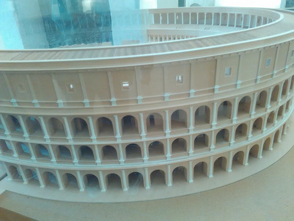 gladiatorska arena capua 100