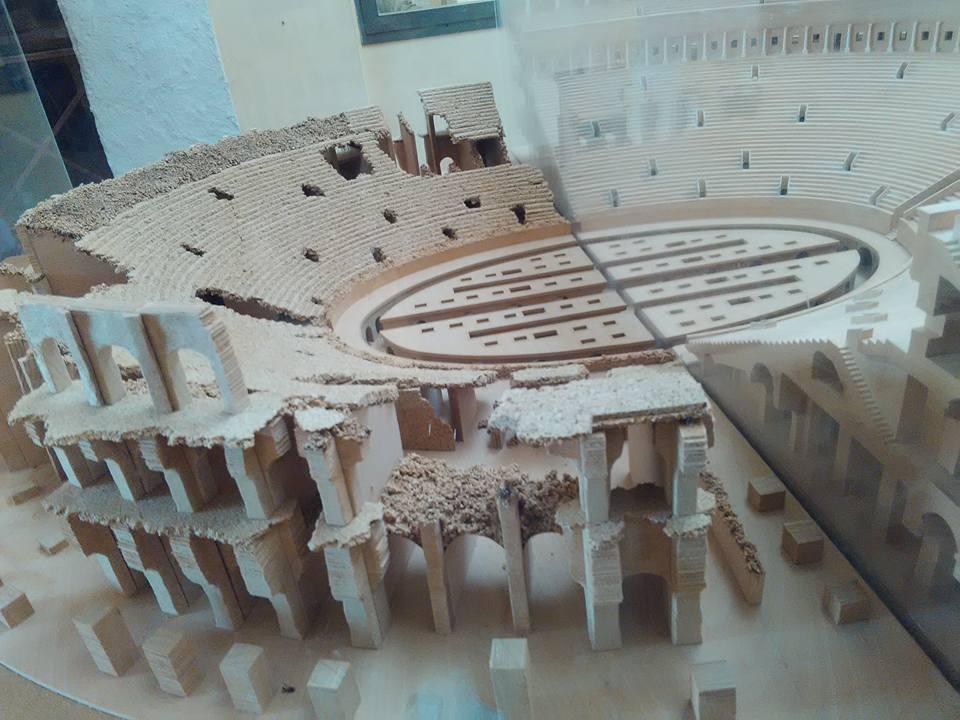 gladiatorska arena capua 104