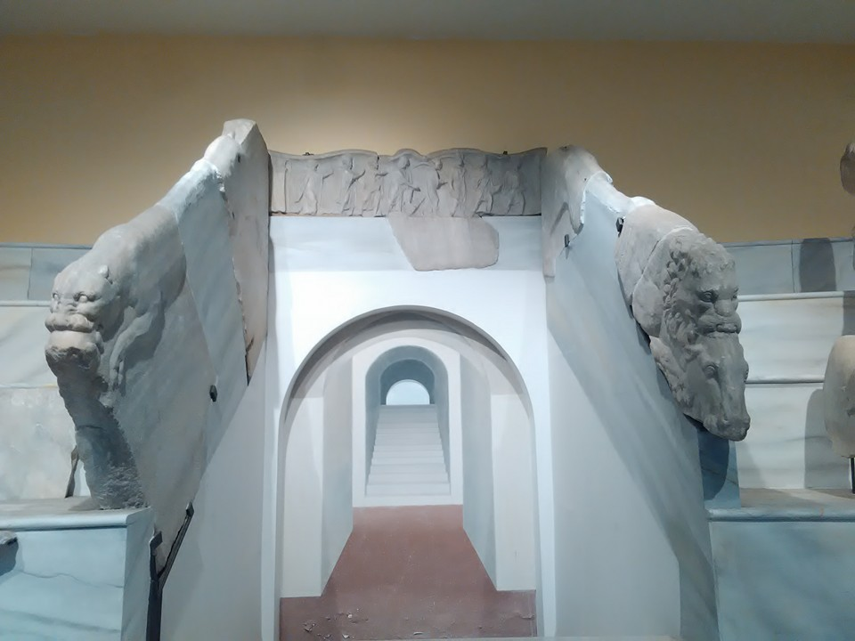 gladiatorska arena capua 128