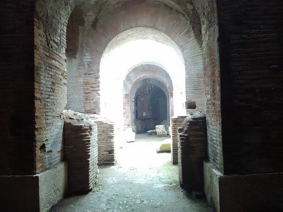 gladiatorska arena capua 42