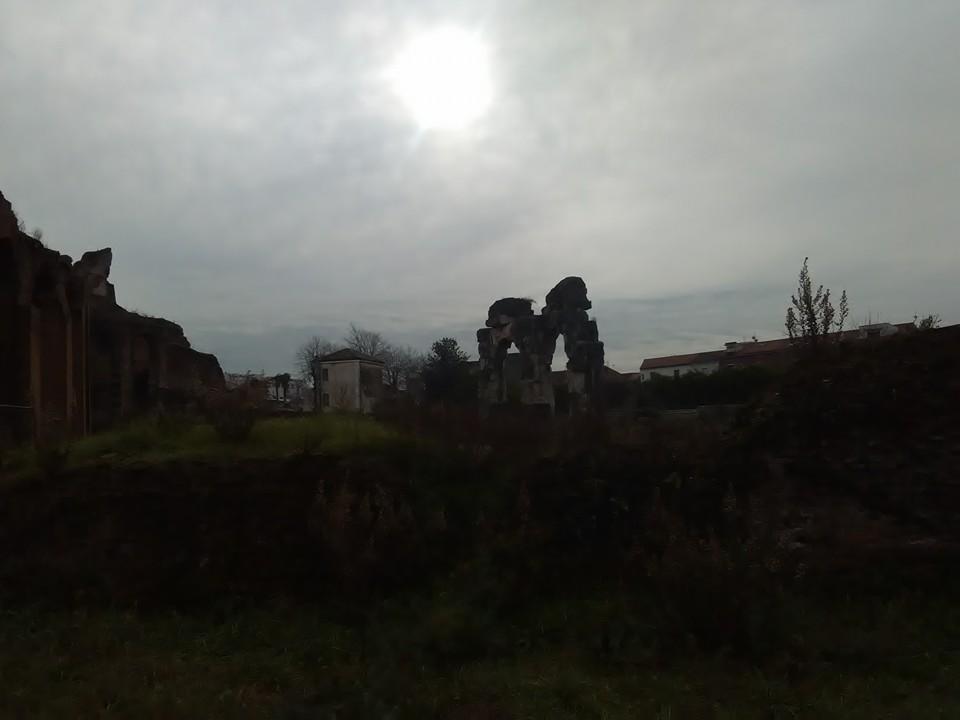 gladiatorska arena capua 50