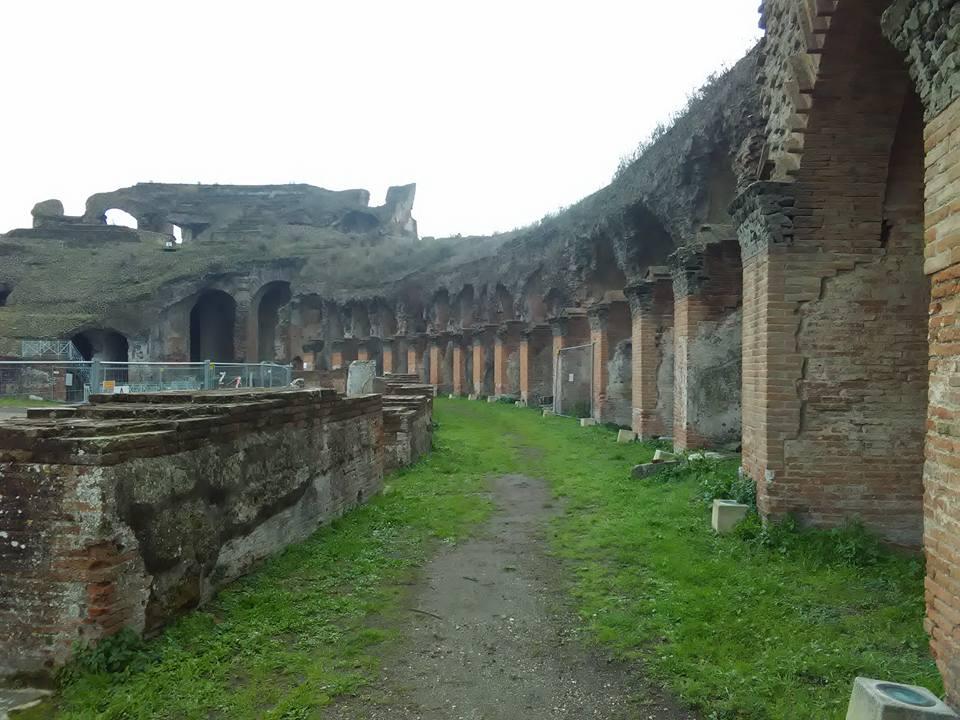 gladiatorska arena capua 51