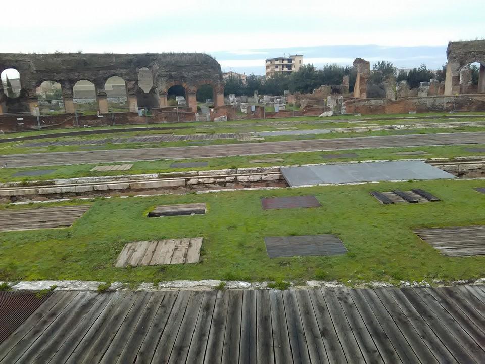 gladiatorska arena capua 63