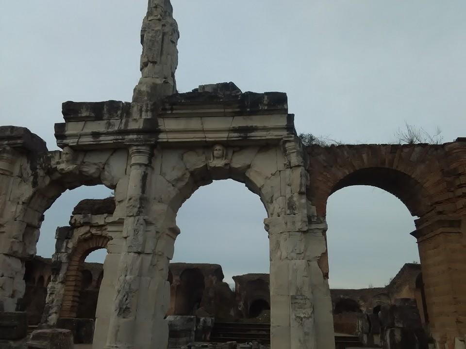 gladiatorska arena capua 70