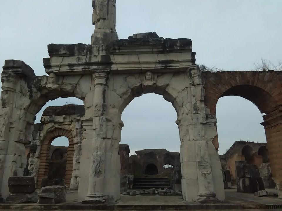 gladiatorska arena capua 74