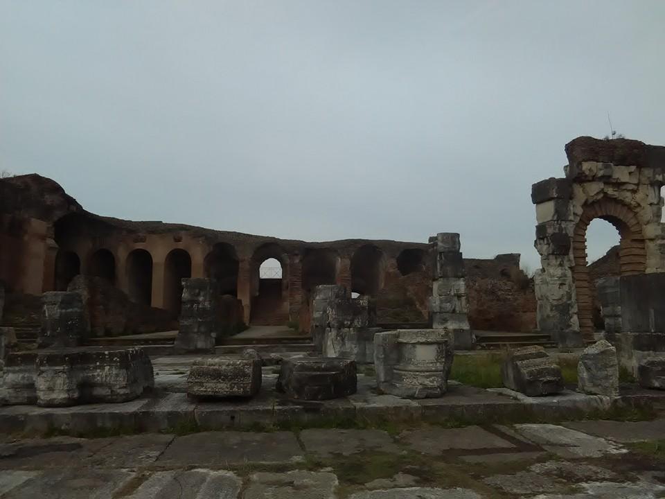gladiatorska arena capua 83