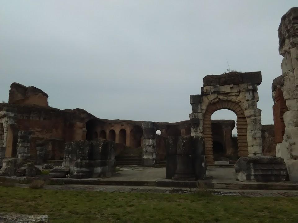 gladiatorska arena capua 84