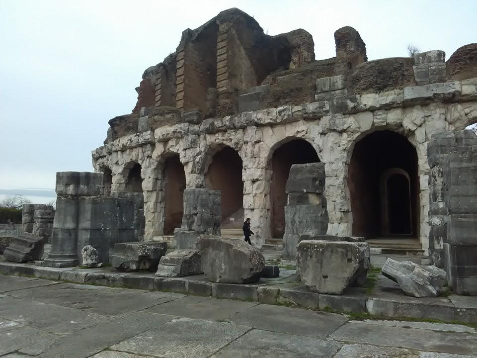 gladiatorska arena capua 86