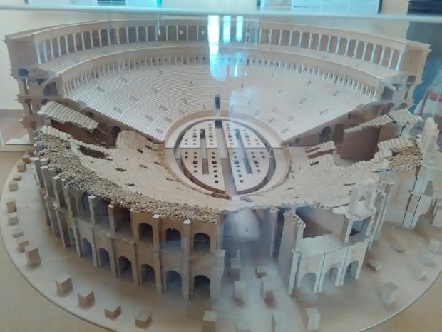 gladiatorska arena capua 95