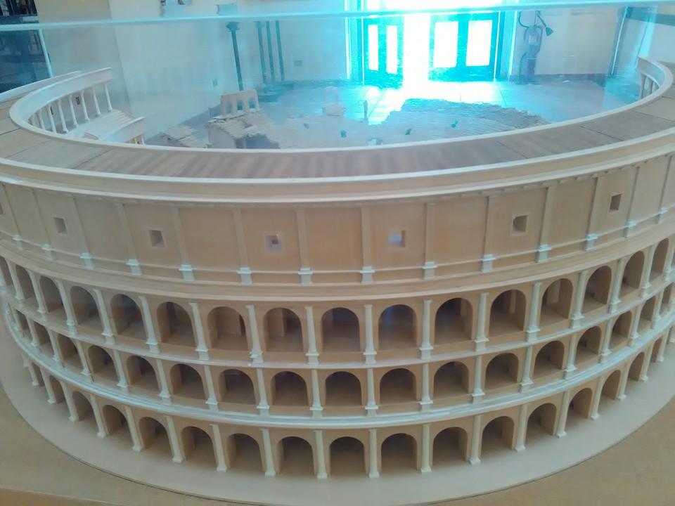 gladiatorska arena capua 99