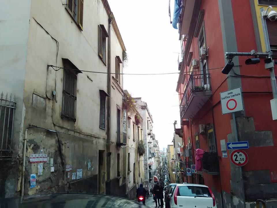 ispanski kvartal neapol 13