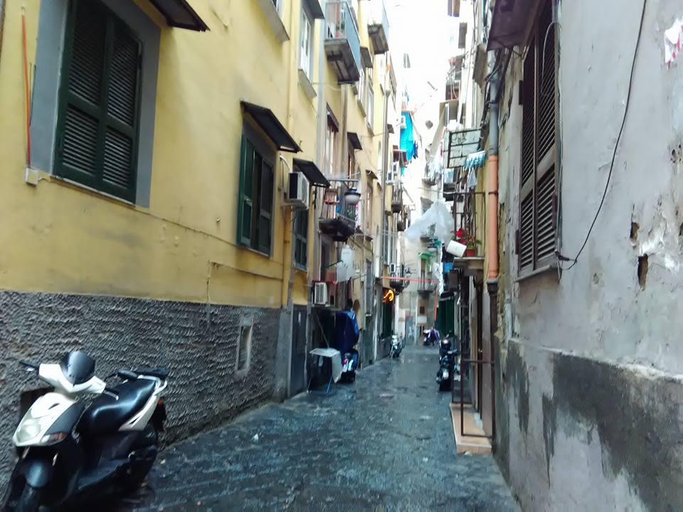 ispanski kvartal neapol 16