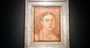 mosaika pompeii musei neapol jena dve lica (1)