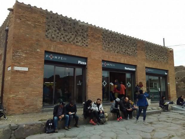 pompeii restorant 8