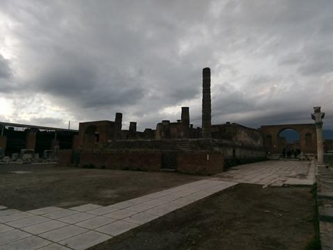 pompeii viki 52