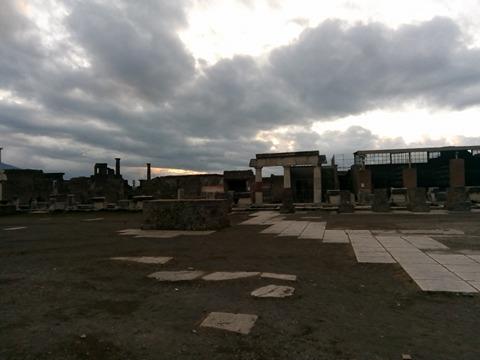 pompeii viki 53
