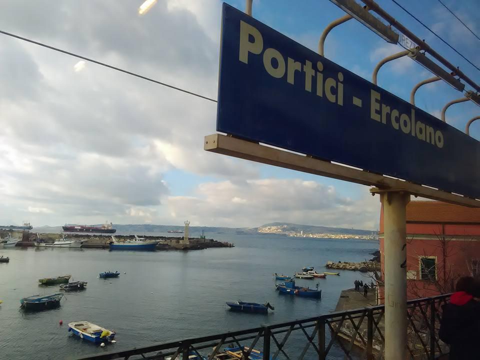 vlak torre del greco napoli 11