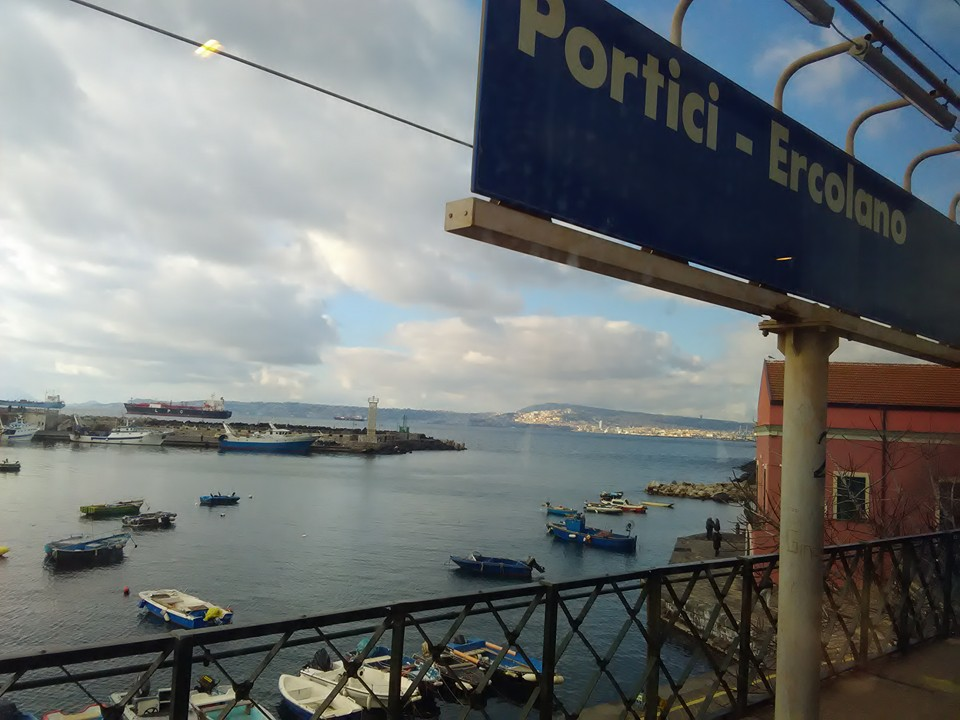 vlak torre del greco napoli 12